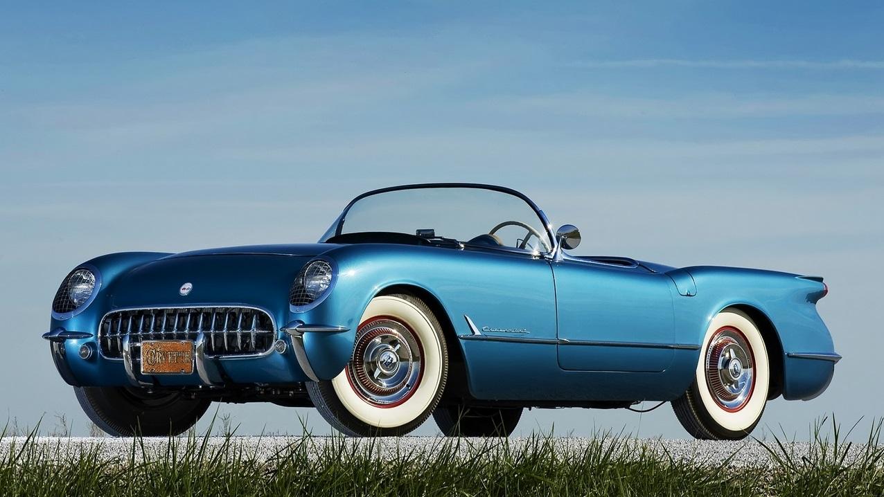 1953 год, Chevrolet Corvette первого поколения (С1). Интересно, что октябрьский выпуск журнала Poplular Mechanics за 1954 год был полностью посвящен «Корветтам» и их владельцам. chevrolet, автодизайн, красота