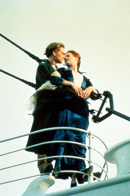 От голливудского до воздушного: спецпроект HELLO! ко Всемирному дню поцелуя