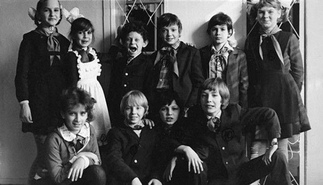 За один день съемок маленькие актеры получали по 5 рублей а работа над фильмом продолжалась на протяжении 2х лет