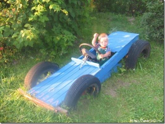 Детская машина на даче фото