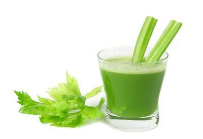 Зеленые напитки дарят телу приятный запах