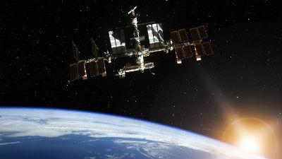 Британский астронавт позвонил из космоса незнакомой женщине вместо жены