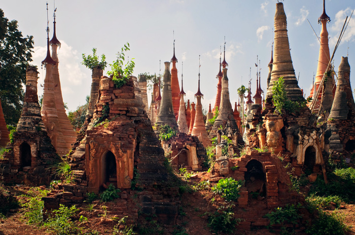 Долина сотни древних пагод: затерянная храмовая деревня в джунглях Мьянмы