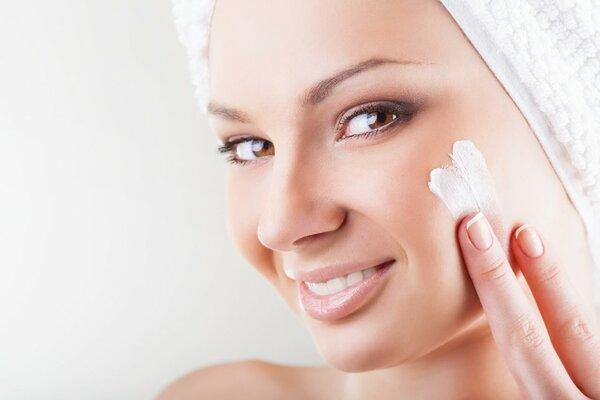 Уход за жирной кожей летом: советы