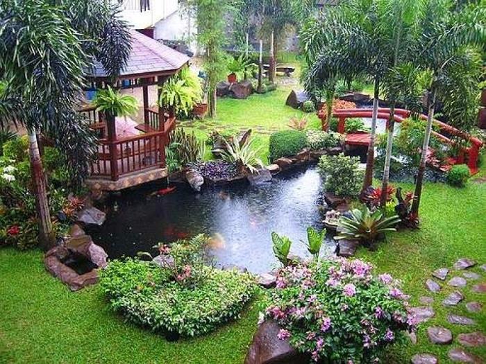 Красивые беседки, патио, веранды и другие садовые постройки6а (700x525, 536Kb)