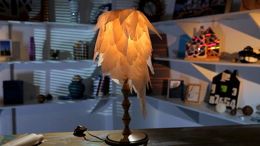 Лампа в перьях