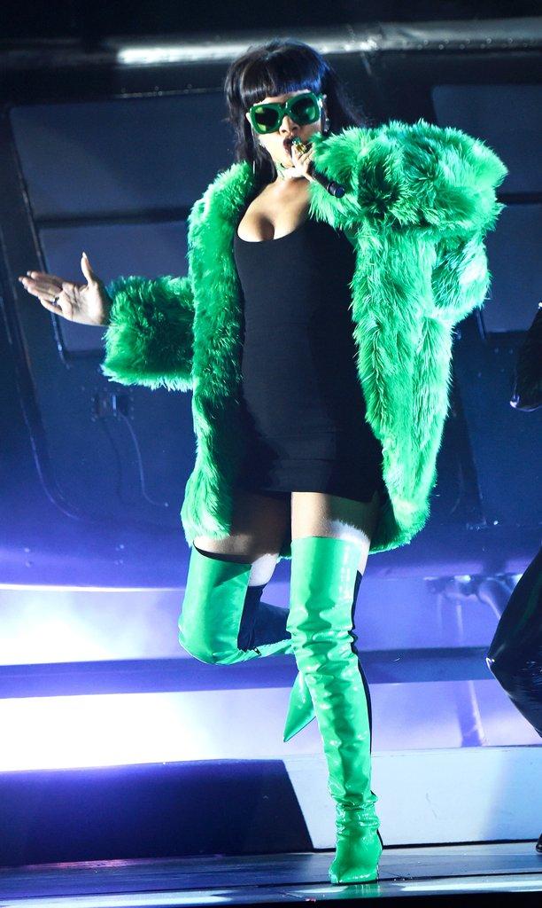 Леди с зелёным оттенком