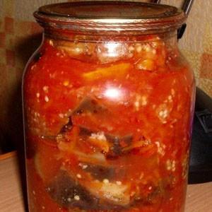 Приготовьте баклажаны в томатном соусе…