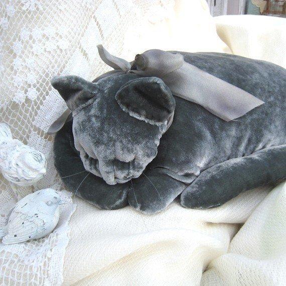 """Мягкая подушка """"спящий кот"""""""