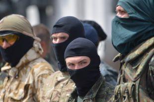 Азаров: от Киева можно ждать принудительной мобилизации и обнищания