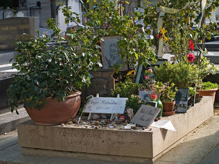 Могила Сержа Генсбура. /Фото:jewish-memorial.narod.ru