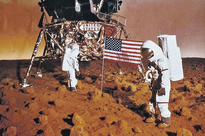 НАСА указало России на ее место возле Луны