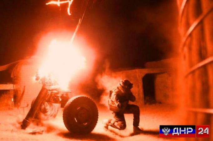 Сводка с фронта: боевики ВСУ ведут обстрел по четырем направлениям