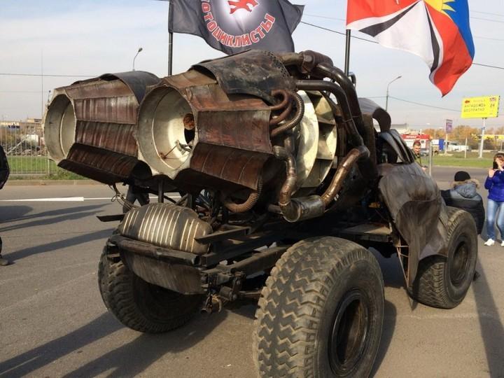 Зверский автомобиль с волчьей мордой… (5 фото)