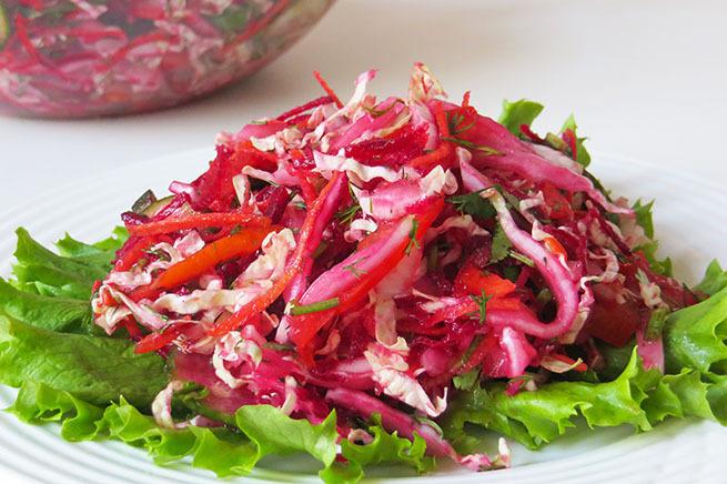 Какой салат из свеклы моркови и капусты