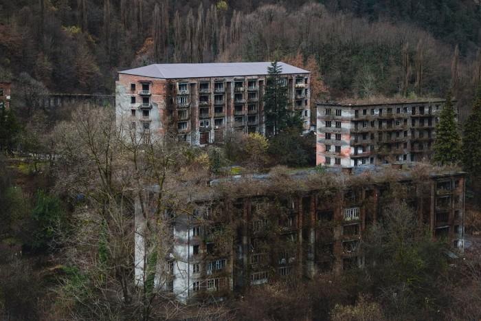 Ткварчели - город во власти природы  абхазия, город, факты