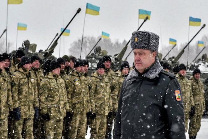 Порошенко назвал армию Украины одной из пяти сильнейших на континенте