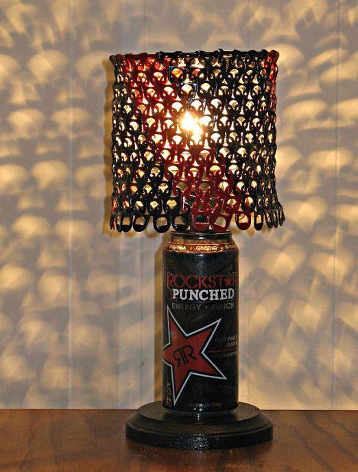 лампа из пивных банок