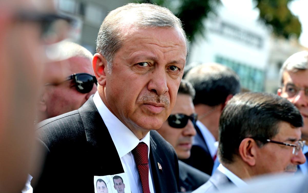 Чем быстрее Эрдоган извинится, тем меньший ущерб понесет Турция
