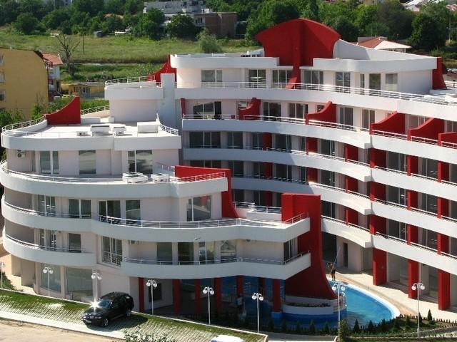 ПРОДАМ свою квартиру на 1-ой линии моря в БОЛГАРИИ!