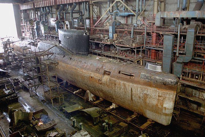 Атомная подлодка загорелась на судоремонтном заводе в Северодвинске
