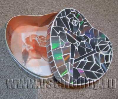 мозаика из компьютерных дисков на шкатулке своими руками