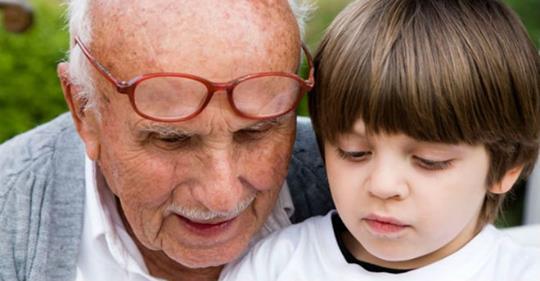 Его родила бабушка, а воспитал дед