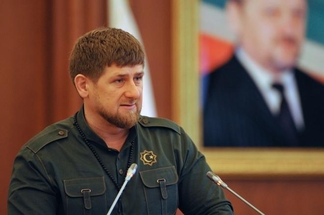 #Рамзаннеуходи: в соцсетях поддержали Кадырова масштабной акцией