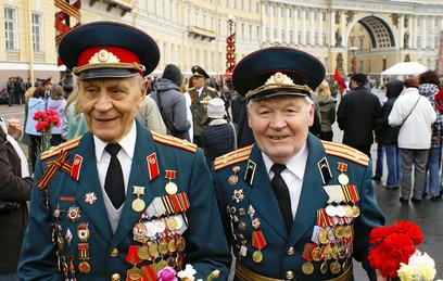 Россия обязалась пожизненно выплачивать пенсии ветеранам Прибалтики