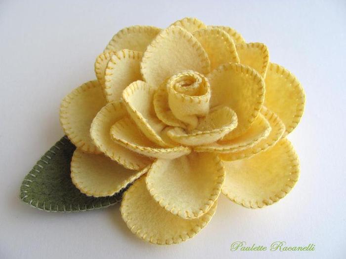 Объемные цветы своими руками из фетра
