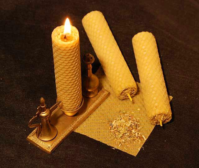 Восковая свеча своими руками