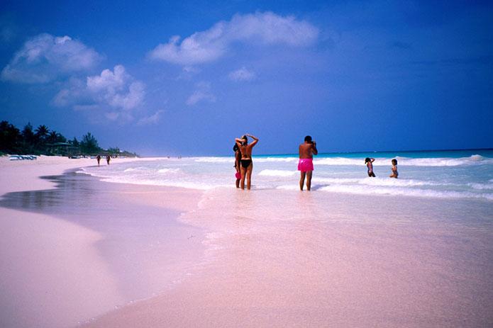 8 самых необычных и прекрасных пляжей мира