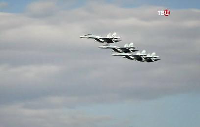 Перед гостями Восточного экономического форума выступили Су-35С