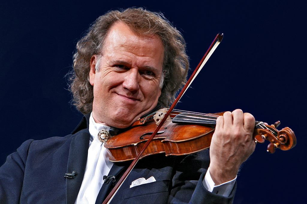 https://img.rezdy.com/PRODUCT_IMAGE/21183/andre-rieu_lg.jpg