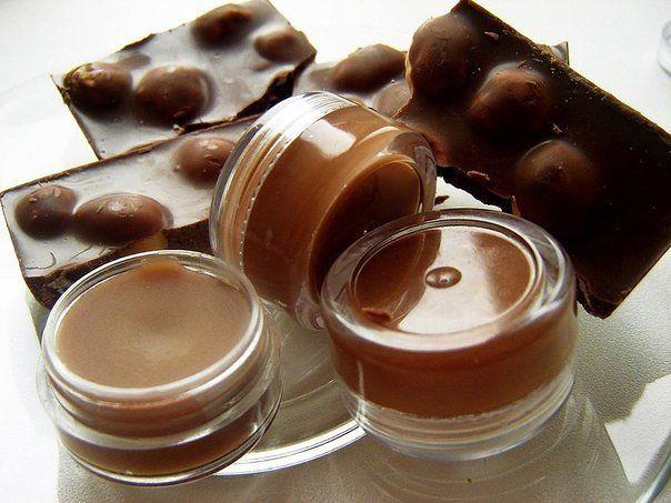 Шоколадный блеск для губ своими руками ( всего за 20 минут)