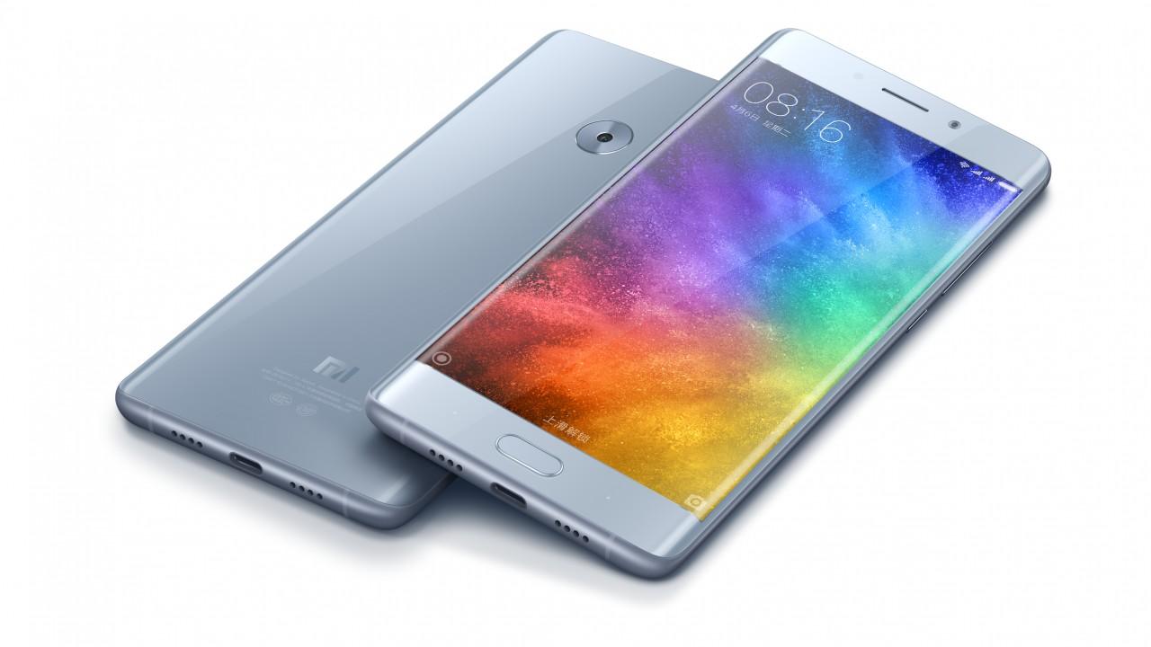 Тролли 80 уровня: Xiaomi поиздевалась над Apple, выставив на продажу свои XR, XS и XS Max