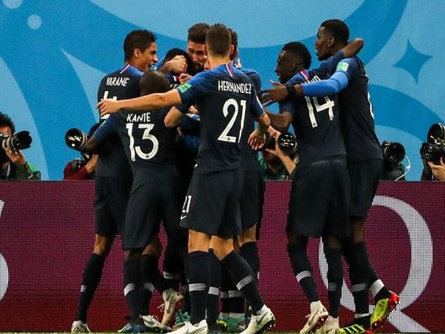 Футболисты сборной Франции побеждают благодаря российскому «допингу»