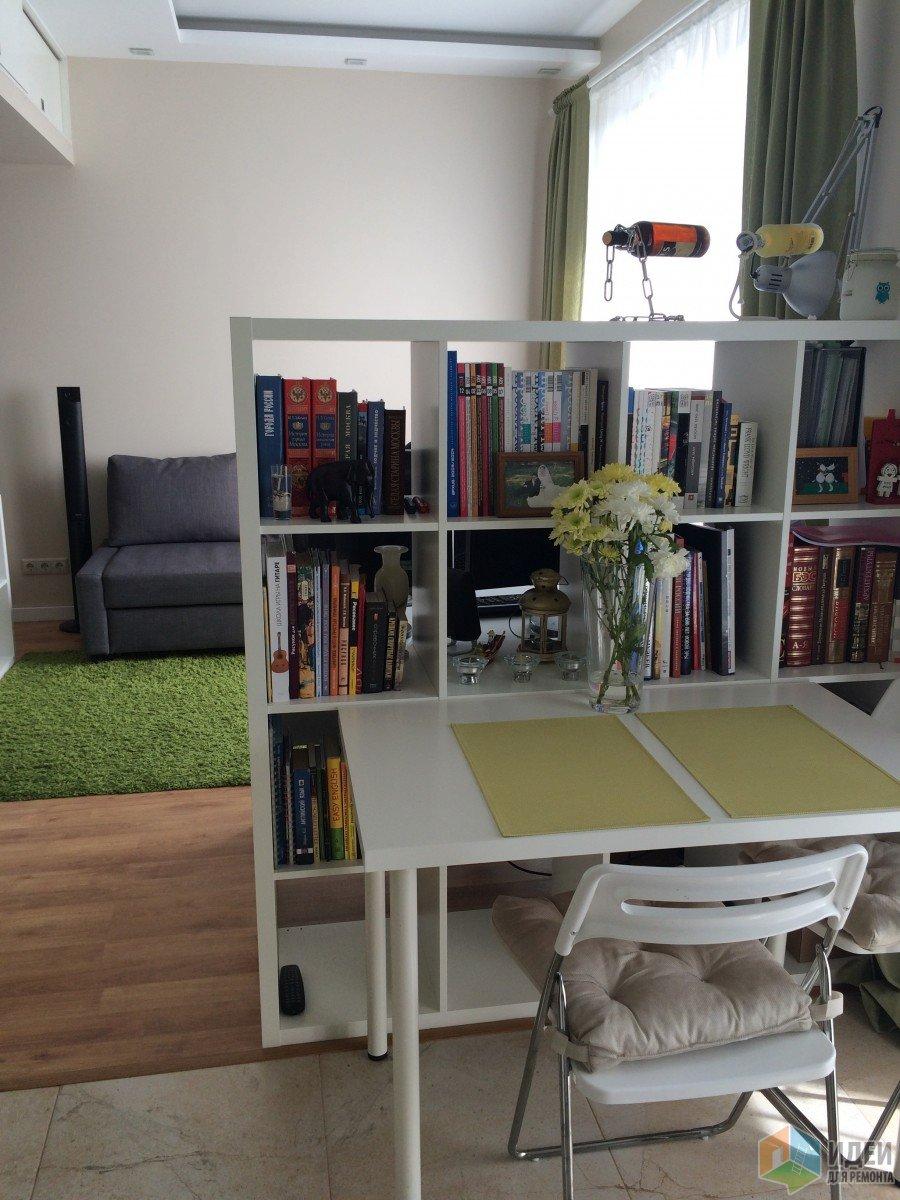 Обеденная зона в квартире студии