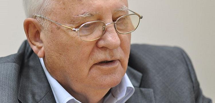 Заслуженно или нет? Мнения блогеров к 25-летию Нобелевской премии Михаила Горбачёва