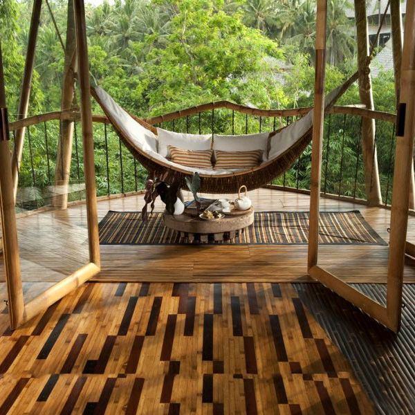 Балкон, веранда, патио в цветах: светло-серый, темно-зеленый, коричневый, бежевый. Балкон, веранда, патио в стиле экологический стиль.