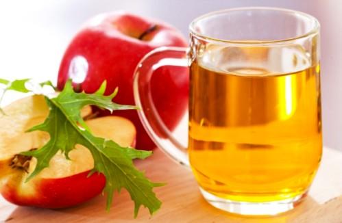 Вот что будет, если умывать лицо водой с яблочным уксусом