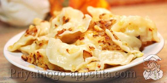 Приготовить вкусные вареники картошкой