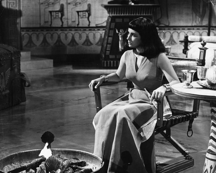 Элизабет Тейлор (Elizabeth Taylor) на съемках фильма «Клеопатра» (Cleopatra) (1963), фото 30
