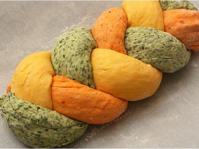 Удивляй!Разноцветный домашний хлеб в духовке