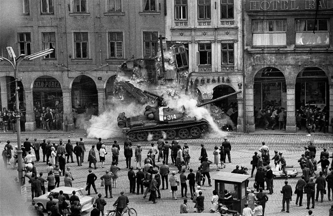 Россияне забыли о вторжении в Чехословакию.