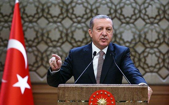 Эрдоган обвинил Россию в причастности к торговле нефтью с ИГИЛ