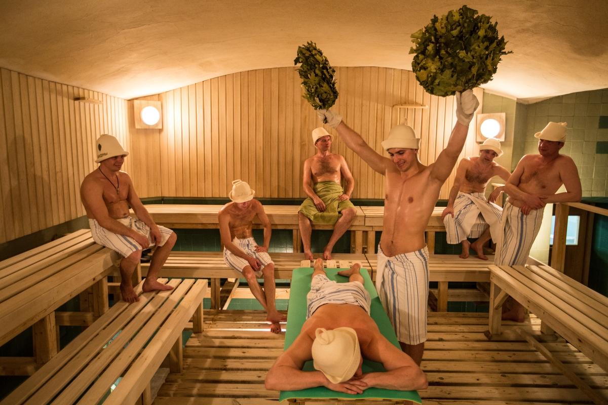 На улицах разводят русских девок в бане фото 268-208