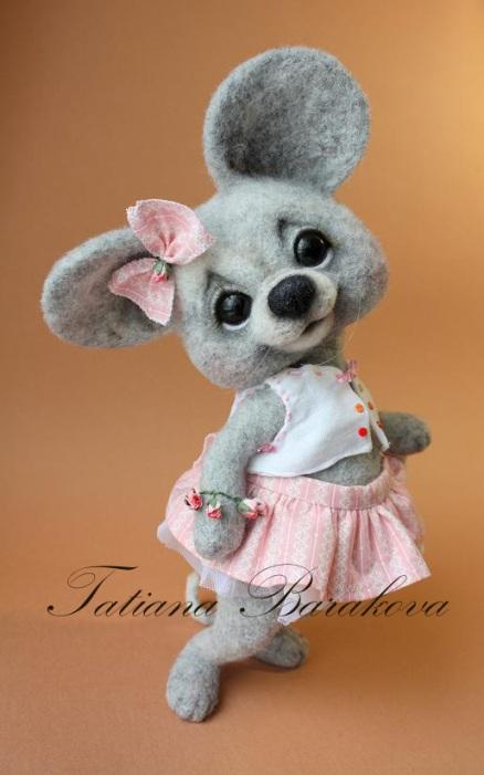 Войлочная мышка-модница. Фото