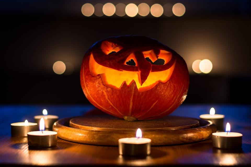 Что мы празднуем на Хэллоуин…