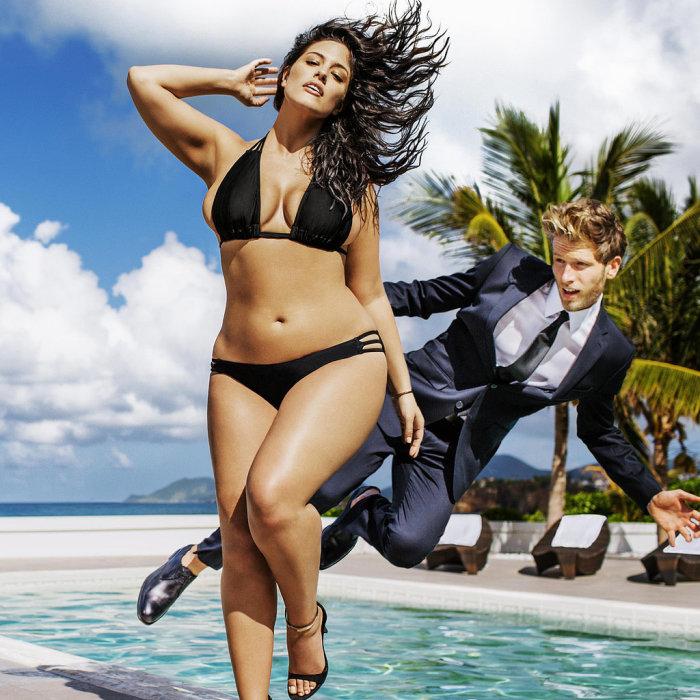 Новые стандарты красоты: модель 50-го размера в рекламе купальников.